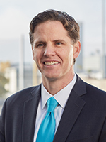 Marshall Tuck headshot - Pepperdine University