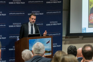 Niall Ferguson - Pepperdine University
